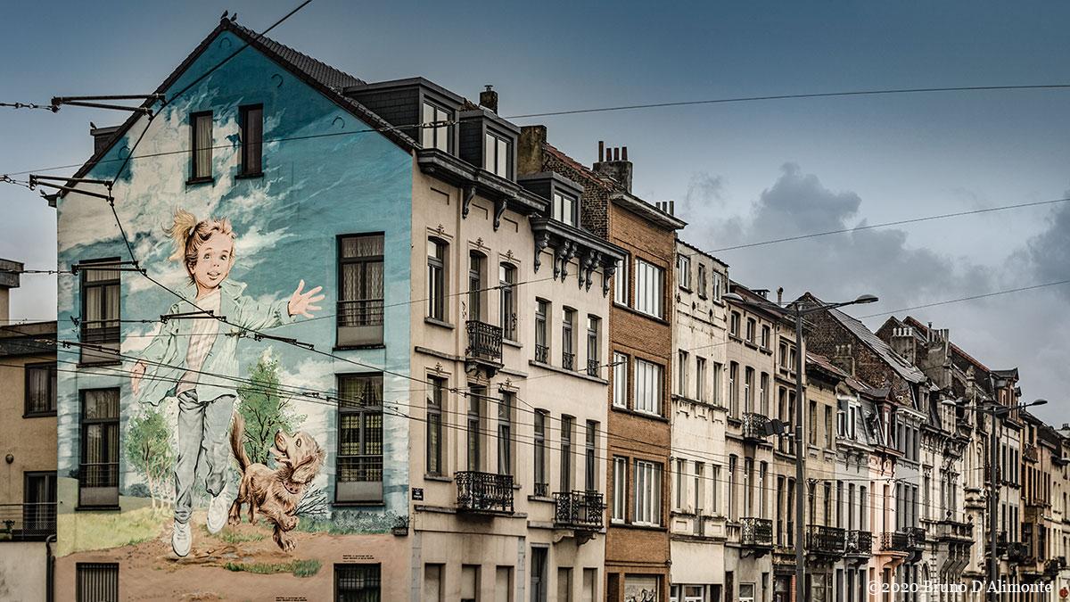 Laeken, fresque du personnage de Martine située à Laeken